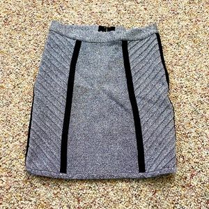 STRETTA GRAY AND BLACK BANDAGE SKIRT SMALL